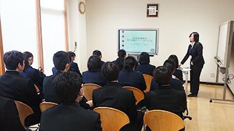 株式会社ワコムアイティ 松江商業高校企業見学の様子1